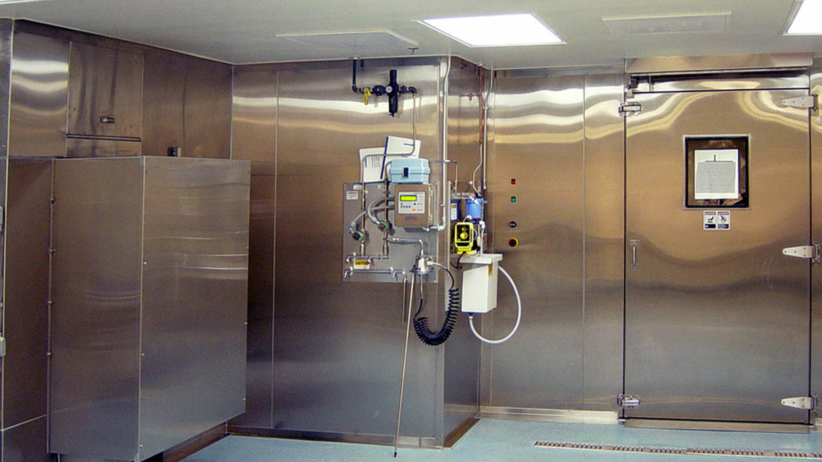 Medical Central Sterile and Research Cagewash Equipment